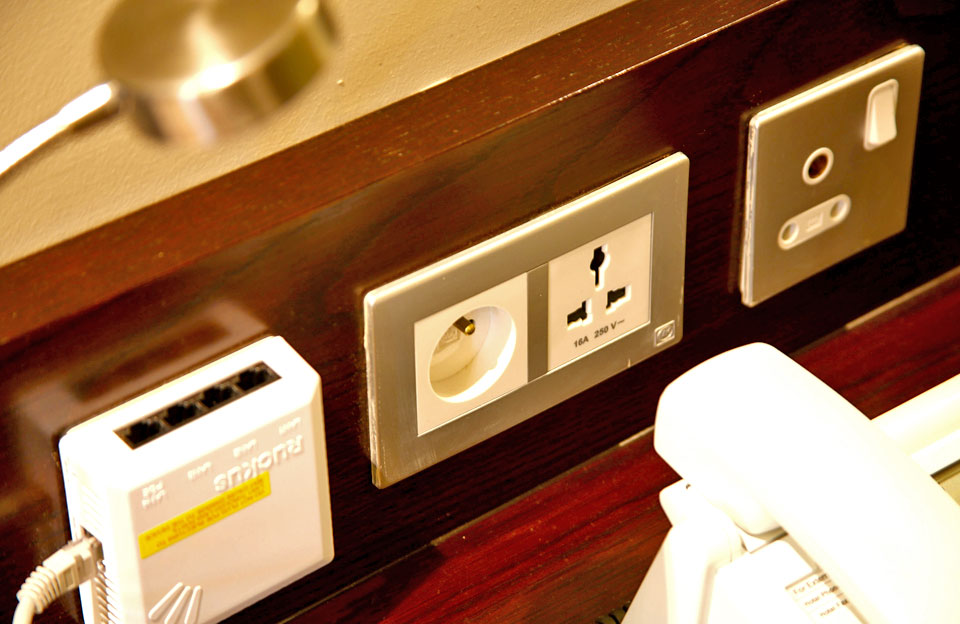 Global grade sockets at Voila Hotel, Mauritius